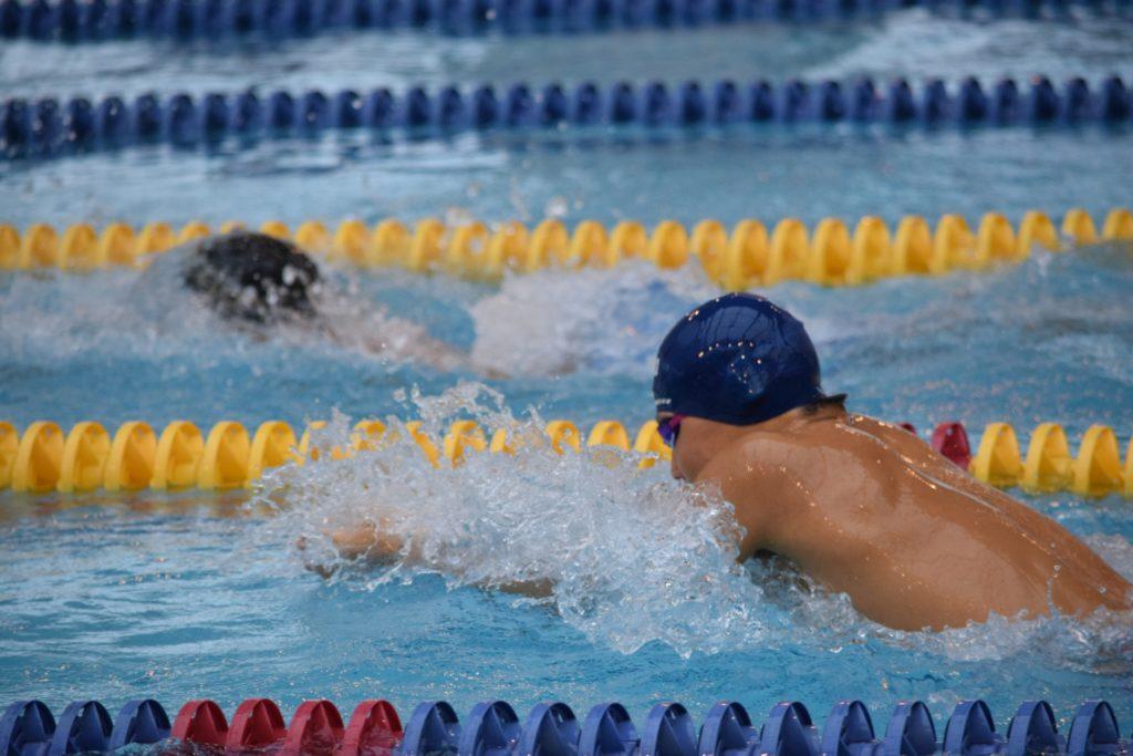 平泳ぎのタイムの基準や評価