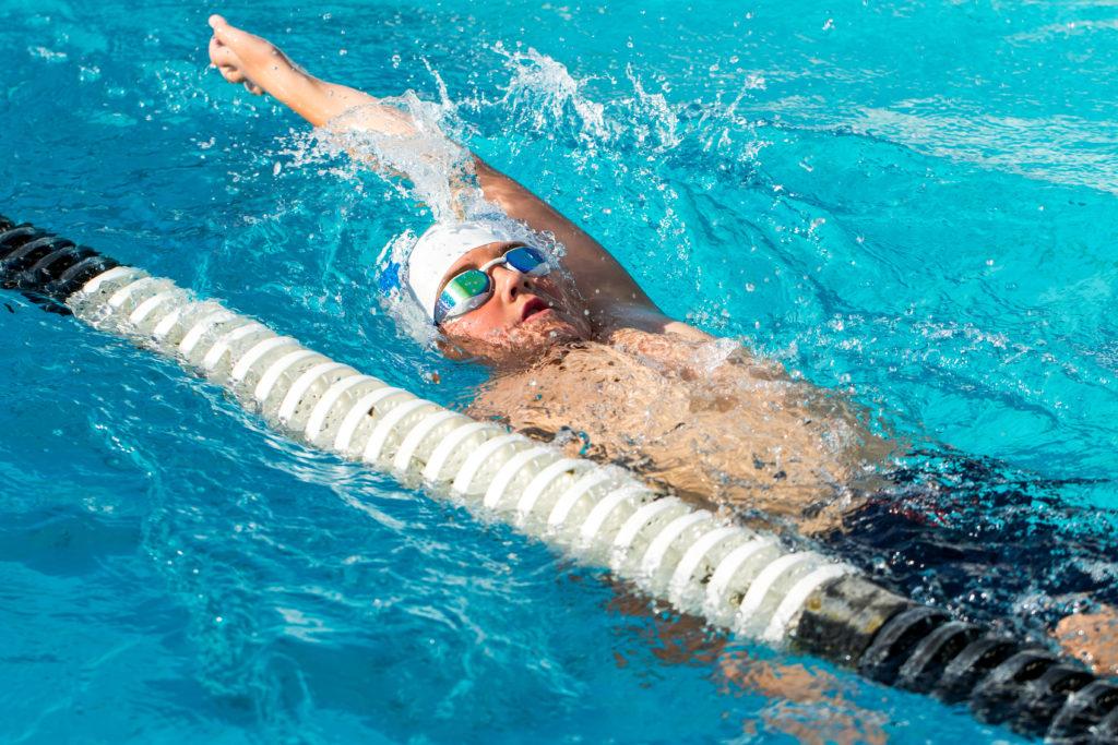 【中学生】背泳ぎの平均タイム【距離別、男女別】