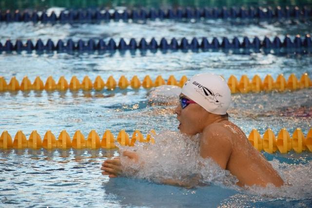 【高校生】平泳ぎの平均タイム【距離別、男女別】