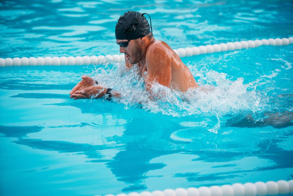 【大学生、一般成人】平泳ぎの平均タイム【距離別、男女別】