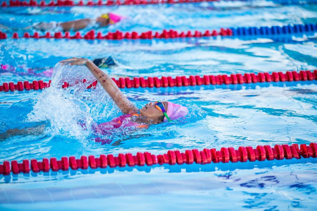 【小学生】背泳ぎの平均タイム【距離別、男女別】